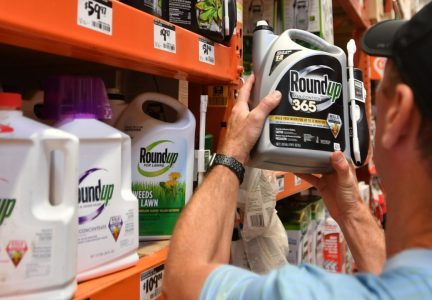 Trump Vetos Cancer Warning Labels For Roundup
